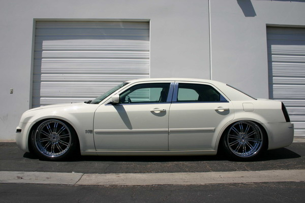 Chrysler 300/300C 2005+ Down
