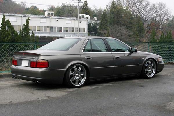 Cadillac STS 1998-2004