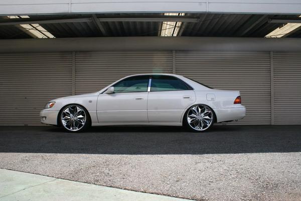 Lexus ES300 1994-2001 Down