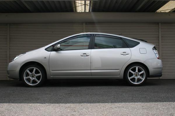 Toyota Prius 2004+ Up
