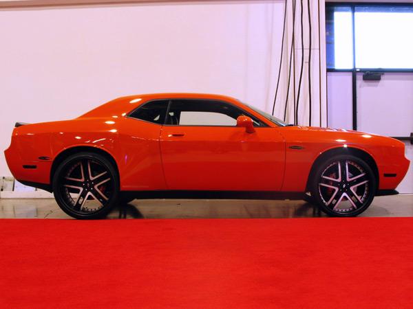 Dodge Challenger 2008+ Up