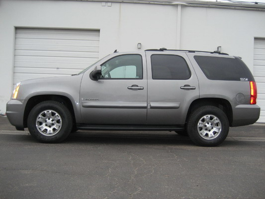 GMC Yukon 2007+ Up